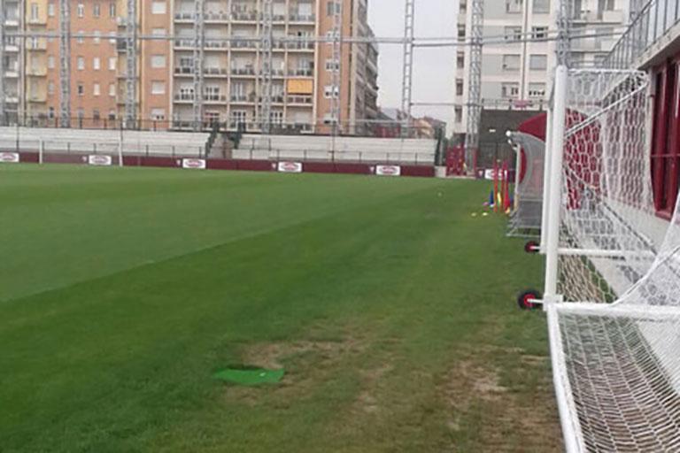 Coperture su misura per campo di calcio - Casi di studio Venturello