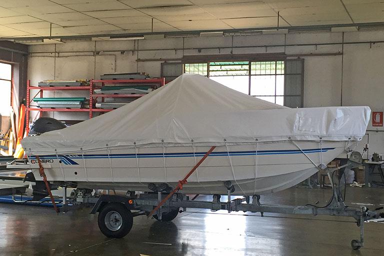 Copertura per imbarcazione adatta al trasporto su strada - Casi di studio Venturello