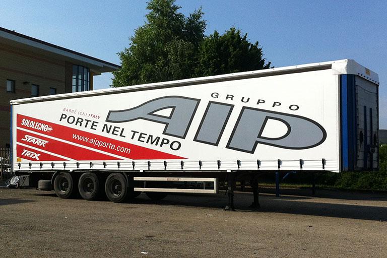 Teli camion personalizzati - Casi di studio Venturello