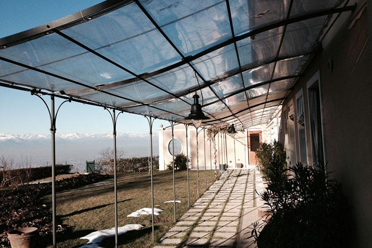 Pergolato trasparente per abitazione - Casi di studio Venturello