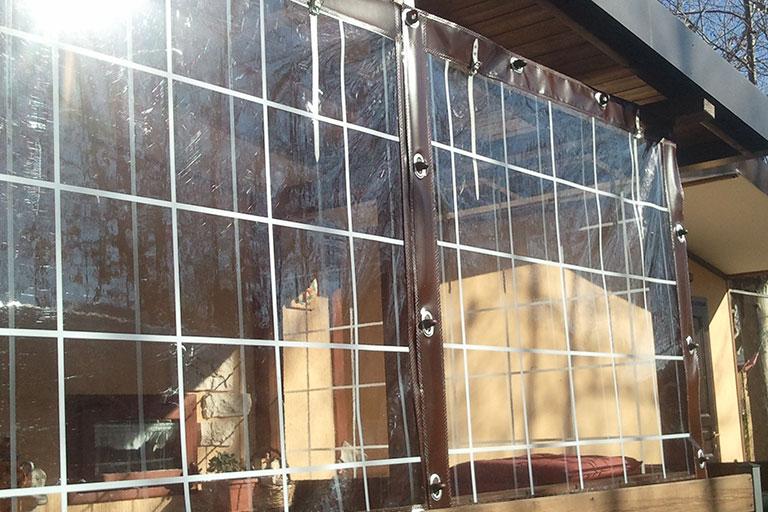 Chiusura veranda di una mobil-home in campeggio - Casi di studio Venturello