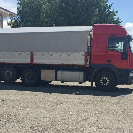 Camion con centina a capannina - Teloni per camion - Venturello