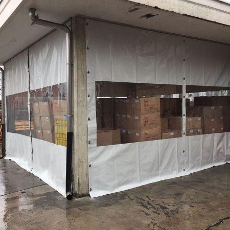 Chiusura tettoia per stoccaggio merce - Chiusure per industria - Venturello