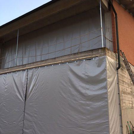 Parete laterale chiusura tettoia - Chiusure per industria - Venturello