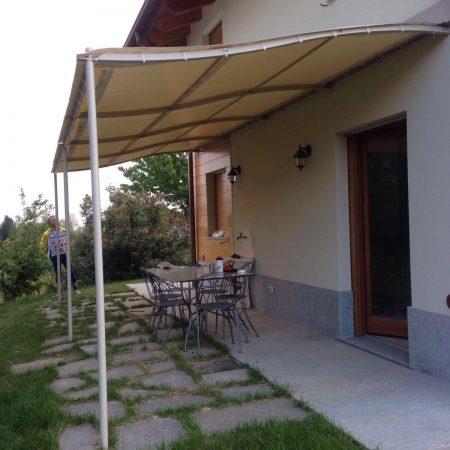 Pegola per copertura esterna abitazione privata - Venturello