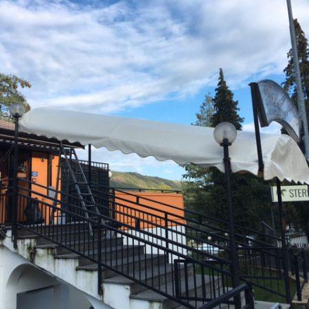 Telone sagomato per copertura tunnel di ingresso Ristorante Chalet del Lago, Avigliana (TO) - Venturello