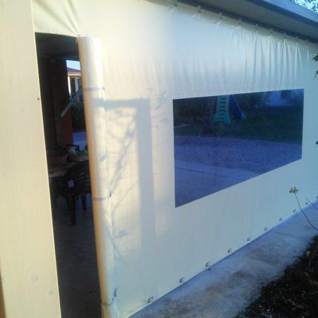 Telone scorrevole con finestra in cristal e porta con cerniere e cinghietti - Chiusure per esterno - Venturello