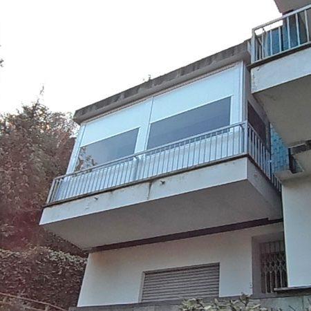 Tenda chiusura veranda con finestratura in PVC trasparente - Venturello