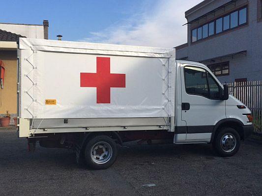 Telone camion per Croce Rossa Italiana