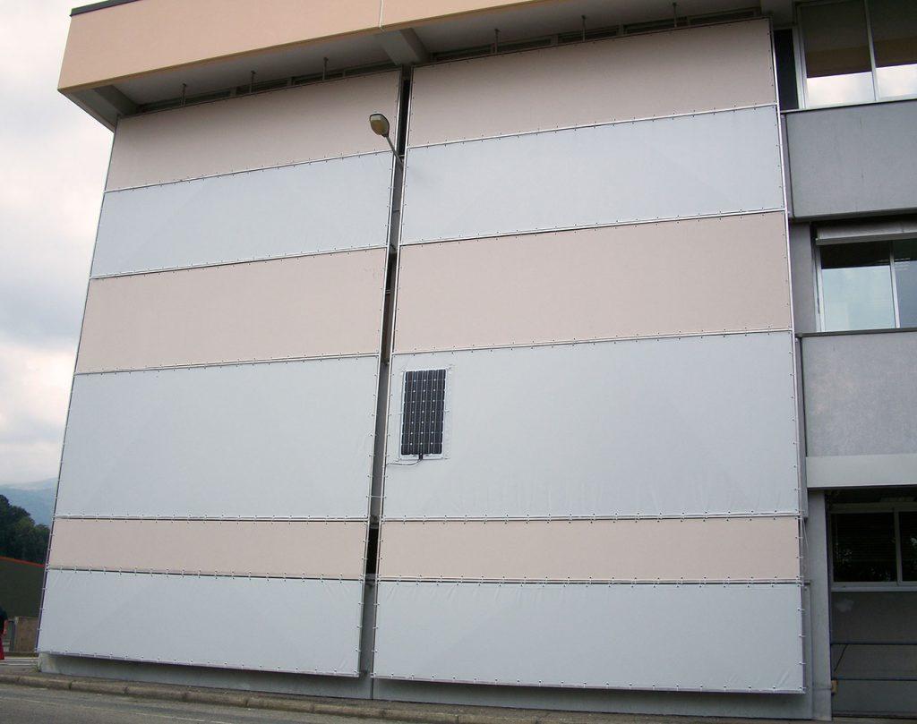 Teloni ombreggianti in Soltis per Universita di Biella