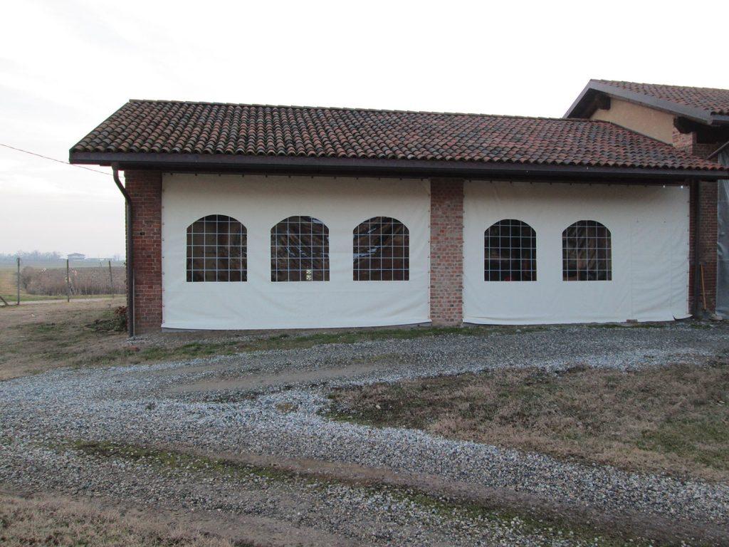 Teloni scorrevoli in PVC Hased Casa Famiglia Onlus Riva di Chieri (TO)